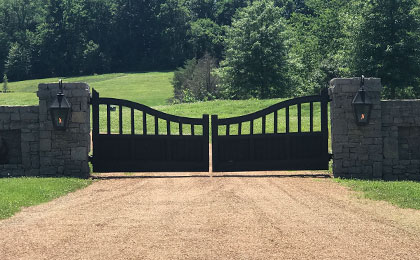custom timber entry gates